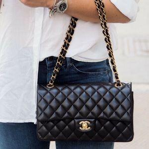 •New Chanel Boy Flap Bag Medium
